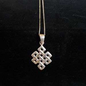 Jewelry - 925 celtic knot necklace